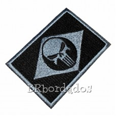 EML117 O Justiceiro patch bordado 8 x 5,5 cm
